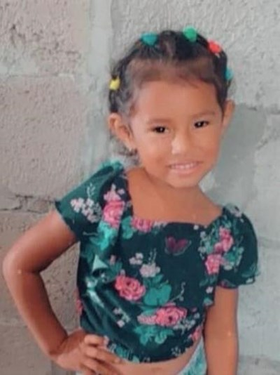 Help Saskia Daleska by becoming a child sponsor. Sponsoring a child is a rewarding and heartwarming experience.