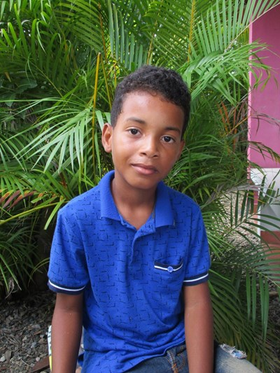 Help Frailin by becoming a child sponsor. Sponsoring a child is a rewarding and heartwarming experience.