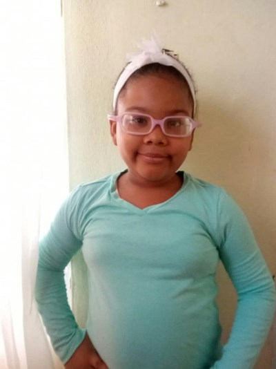 Help Jessica Lisbeth by becoming a child sponsor. Sponsoring a child is a rewarding and heartwarming experience.