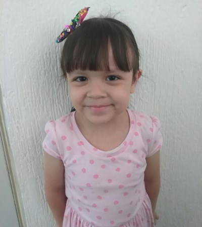 Help Josselyn Annette by becoming a child sponsor. Sponsoring a child is a rewarding and heartwarming experience.