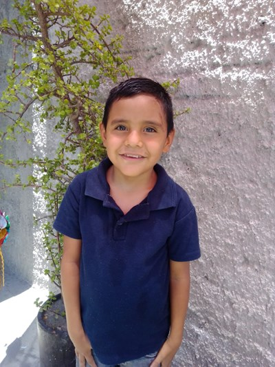 Help Erick Saúl by becoming a child sponsor. Sponsoring a child is a rewarding and heartwarming experience.