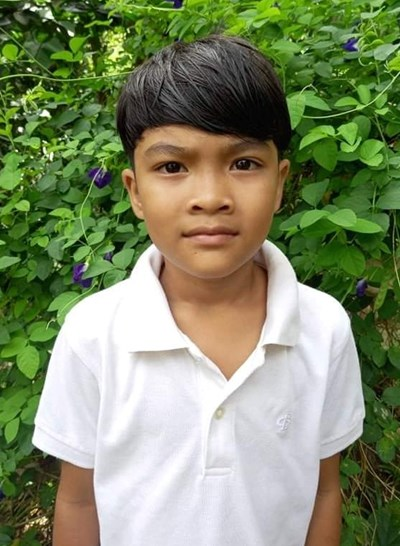 Help Angielo P. by becoming a child sponsor. Sponsoring a child is a rewarding and heartwarming experience.