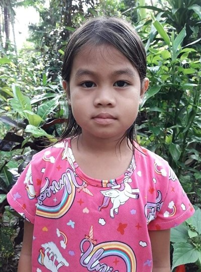 Help Gwen Ll. by becoming a child sponsor. Sponsoring a child is a rewarding and heartwarming experience.