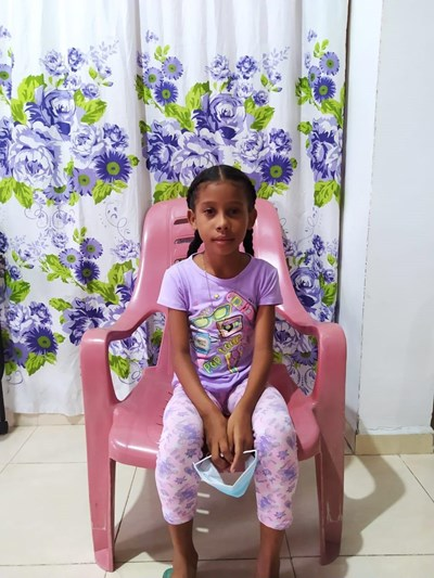 Help Yurlainis Daniela by becoming a child sponsor. Sponsoring a child is a rewarding and heartwarming experience.