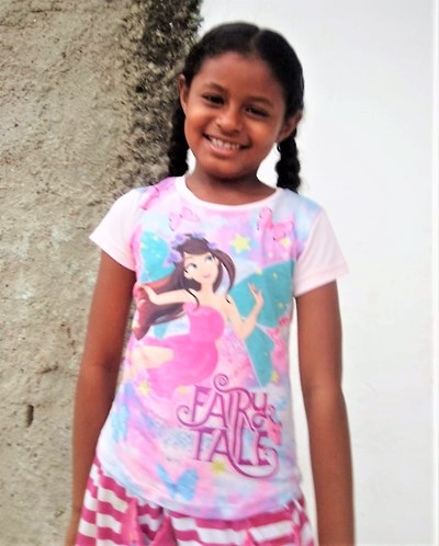 Help Sofia by becoming a child sponsor. Sponsoring a child is a rewarding and heartwarming experience.