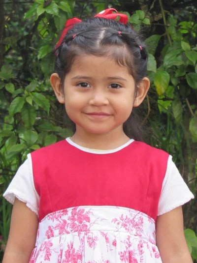 Help Heather Maria Hellen by becoming a child sponsor. Sponsoring a child is a rewarding and heartwarming experience.