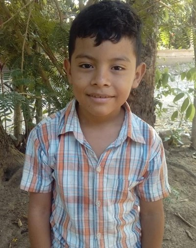 Help Angel Josias by becoming a child sponsor. Sponsoring a child is a rewarding and heartwarming experience.
