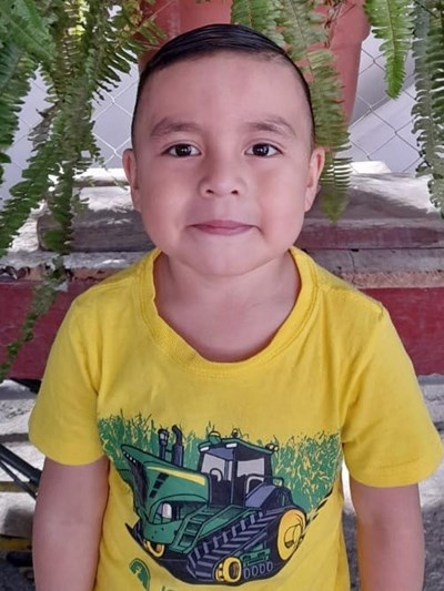 Help Angel Aaron Estuardo by becoming a child sponsor. Sponsoring a child is a rewarding and heartwarming experience.