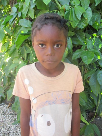 Help Fostina by becoming a child sponsor. Sponsoring a child is a rewarding and heartwarming experience.