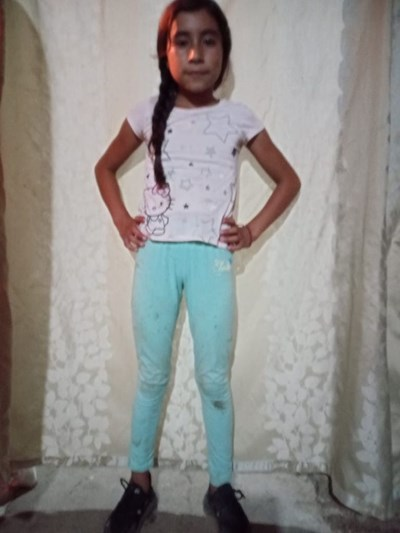 Help Perla Del Rosario by becoming a child sponsor. Sponsoring a child is a rewarding and heartwarming experience.