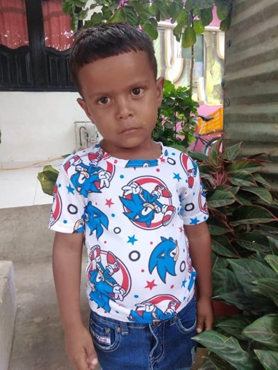 Help Thiago Luis by becoming a child sponsor. Sponsoring a child is a rewarding and heartwarming experience.