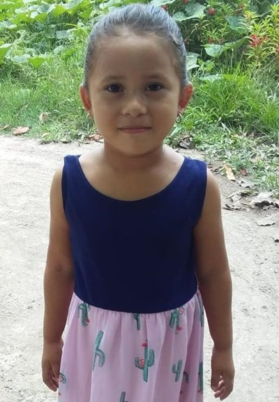 Help Karla Verenice by becoming a child sponsor. Sponsoring a child is a rewarding and heartwarming experience.