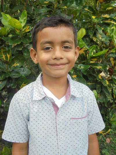 Help Osman Ariel by becoming a child sponsor. Sponsoring a child is a rewarding and heartwarming experience.