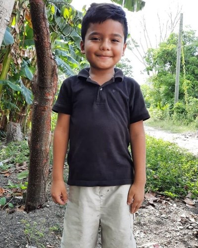 Help Yester Javier by becoming a child sponsor. Sponsoring a child is a rewarding and heartwarming experience.