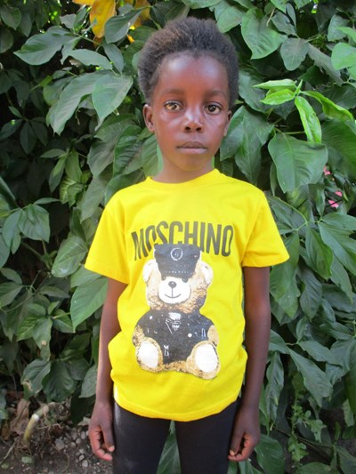 Help Matrone by becoming a child sponsor. Sponsoring a child is a rewarding and heartwarming experience.