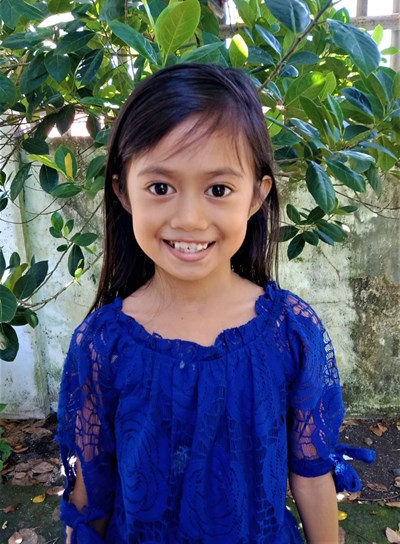 Help Vien Vinice D. by becoming a child sponsor. Sponsoring a child is a rewarding and heartwarming experience.