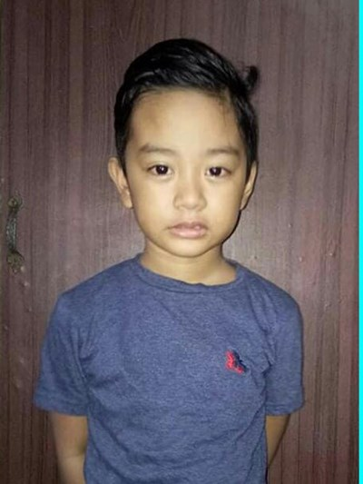 Help Achilles Jan R. by becoming a child sponsor. Sponsoring a child is a rewarding and heartwarming experience.