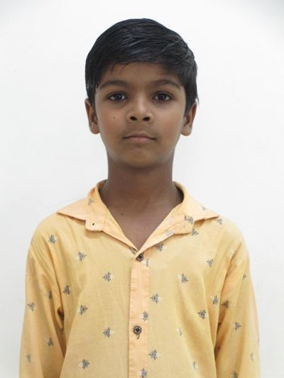 Help Sunny by becoming a child sponsor. Sponsoring a child is a rewarding and heartwarming experience.