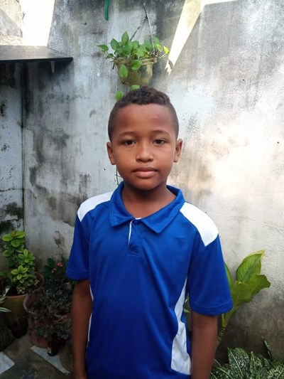 Help Jhostin by becoming a child sponsor. Sponsoring a child is a rewarding and heartwarming experience.