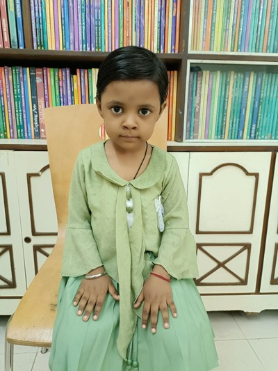 Help Janvy by becoming a child sponsor. Sponsoring a child is a rewarding and heartwarming experience.