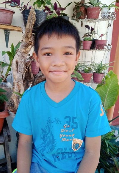 Help Kyle B. by becoming a child sponsor. Sponsoring a child is a rewarding and heartwarming experience.
