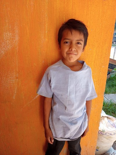 Help Eduardo Salvador by becoming a child sponsor. Sponsoring a child is a rewarding and heartwarming experience.