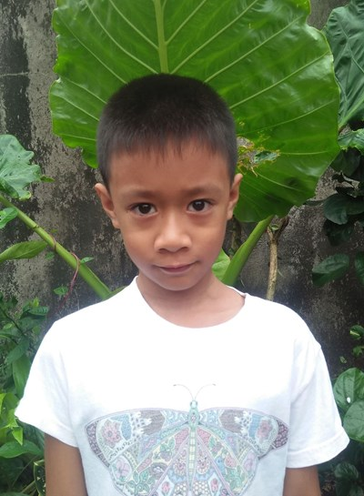 Help Kenth Paul B. by becoming a child sponsor. Sponsoring a child is a rewarding and heartwarming experience.