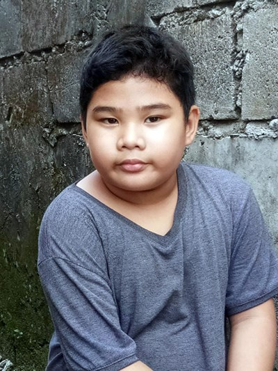 Help John Kristan T. by becoming a child sponsor. Sponsoring a child is a rewarding and heartwarming experience.
