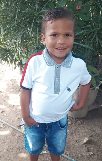 Help Leimar Zahil by becoming a child sponsor. Sponsoring a child is a rewarding and heartwarming experience.