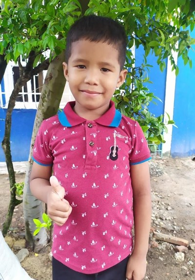 Help Ezequiel Jose by becoming a child sponsor. Sponsoring a child is a rewarding and heartwarming experience.