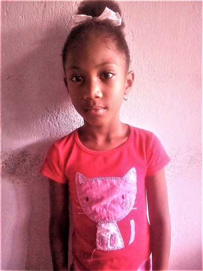 Help Rocio by becoming a child sponsor. Sponsoring a child is a rewarding and heartwarming experience.