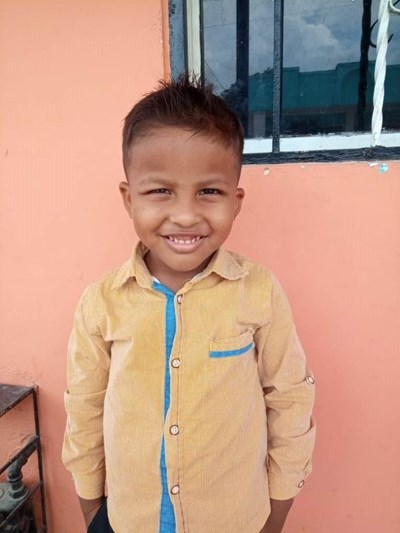 Help Mathew De Jesus by becoming a child sponsor. Sponsoring a child is a rewarding and heartwarming experience.