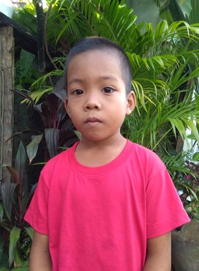 Help Arvin M. by becoming a child sponsor. Sponsoring a child is a rewarding and heartwarming experience.