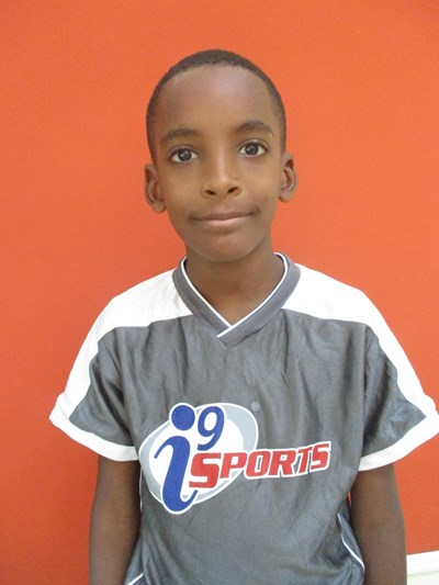Help Jansel by becoming a child sponsor. Sponsoring a child is a rewarding and heartwarming experience.