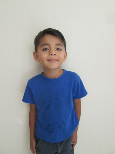 Help Mateo Ademir by becoming a child sponsor. Sponsoring a child is a rewarding and heartwarming experience.