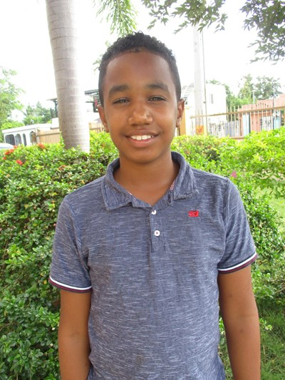Help Yeremi Esteban by becoming a child sponsor. Sponsoring a child is a rewarding and heartwarming experience.
