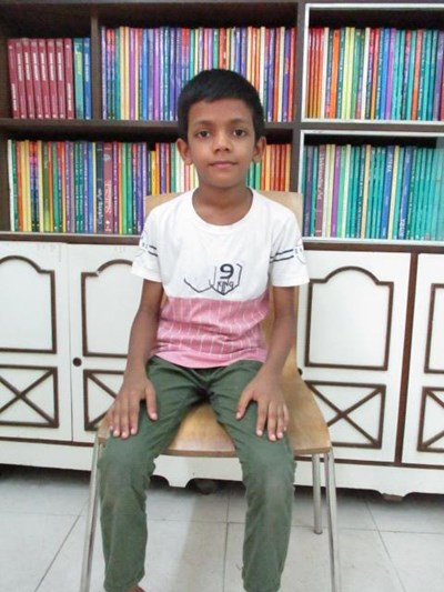 Help Md Anas by becoming a child sponsor. Sponsoring a child is a rewarding and heartwarming experience.
