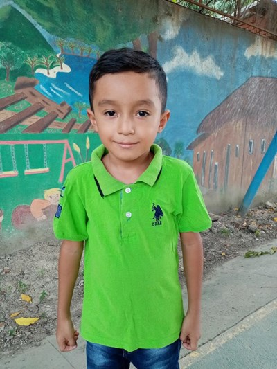 Help Jafet Anael by becoming a child sponsor. Sponsoring a child is a rewarding and heartwarming experience.