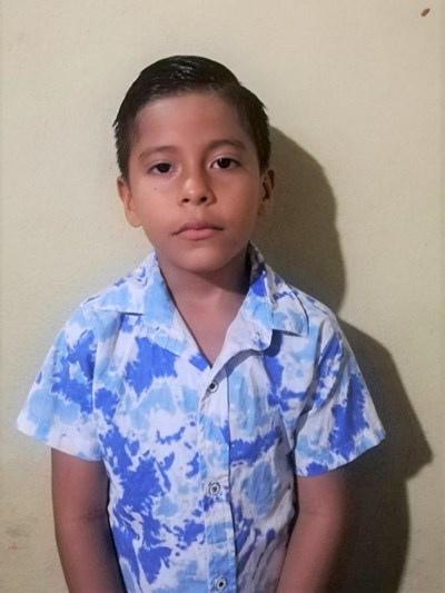 Help Allan Mathias by becoming a child sponsor. Sponsoring a child is a rewarding and heartwarming experience.