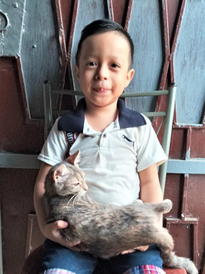 Help Ivan Andres by becoming a child sponsor. Sponsoring a child is a rewarding and heartwarming experience.
