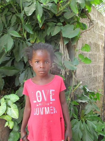 Help Febby by becoming a child sponsor. Sponsoring a child is a rewarding and heartwarming experience.