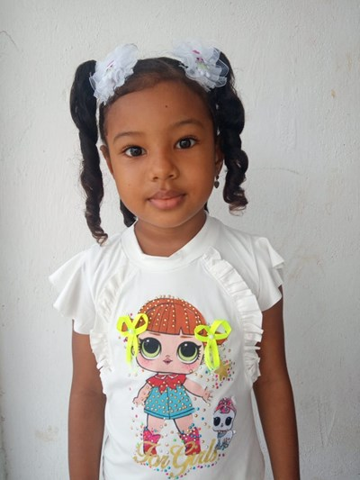 Help Sheraly Sofia by becoming a child sponsor. Sponsoring a child is a rewarding and heartwarming experience.