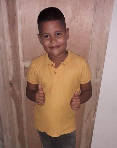 Help Dorlan by becoming a child sponsor. Sponsoring a child is a rewarding and heartwarming experience.