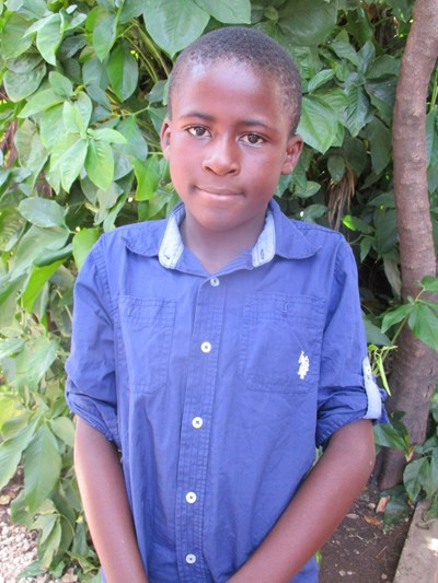 Help Aaron by becoming a child sponsor. Sponsoring a child is a rewarding and heartwarming experience.
