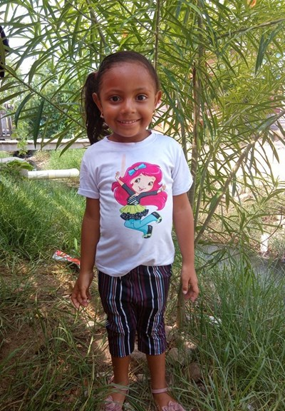 Help Marolin Sofia by becoming a child sponsor. Sponsoring a child is a rewarding and heartwarming experience.