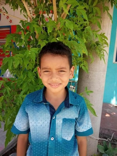 Help Elias Jose by becoming a child sponsor. Sponsoring a child is a rewarding and heartwarming experience.