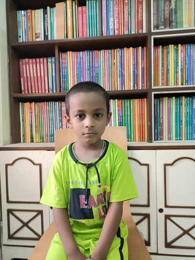 Help Arnav by becoming a child sponsor. Sponsoring a child is a rewarding and heartwarming experience.