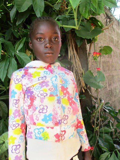 Help Dayna by becoming a child sponsor. Sponsoring a child is a rewarding and heartwarming experience.