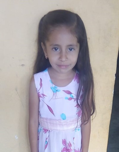 Help Britany Dayana by becoming a child sponsor. Sponsoring a child is a rewarding and heartwarming experience.