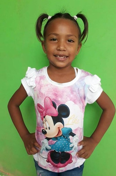 Help Jacsuri Carolina by becoming a child sponsor. Sponsoring a child is a rewarding and heartwarming experience.
